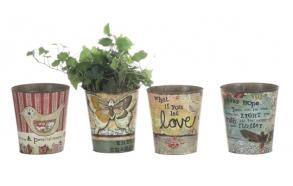 Pieni tinasta valmistettu kukkaruukku, neljä eri tyyliä