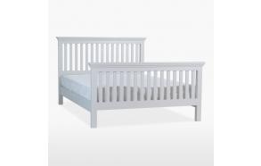 korkeakehyksinen sänky (180x200 cm)