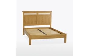 Queen size -sänky (140x200 cm)
